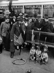Dog trainer. Paris, 1930.jpg