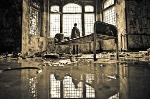 Jens Nink. Abandoned Building. Beelitz-Heilstätten, 2012.jpg